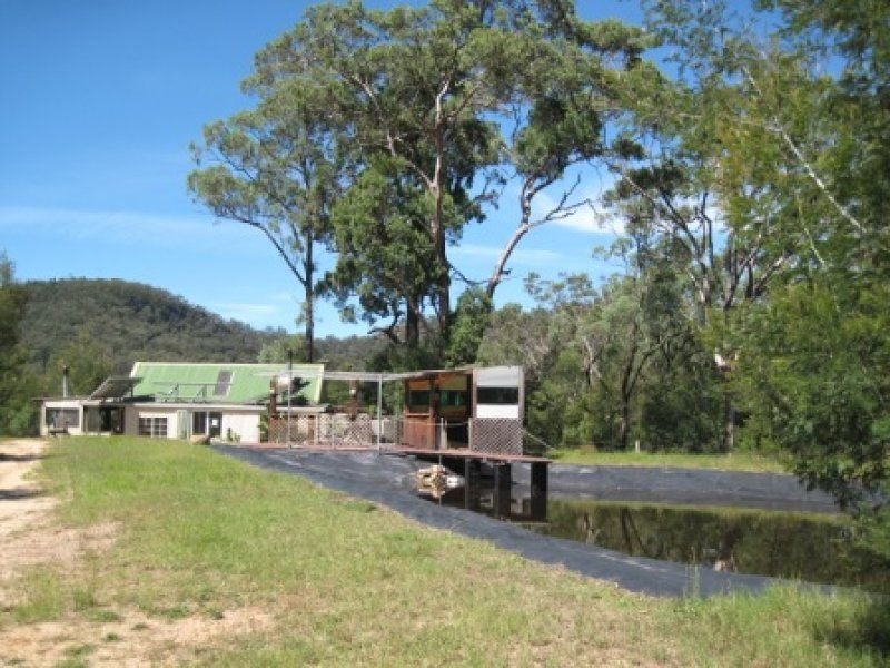 377 Rocky Creek Road, Wollombi, NSW 2325