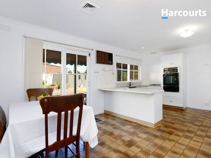 29 Deanswood Drive, Somerville, Vic 3912