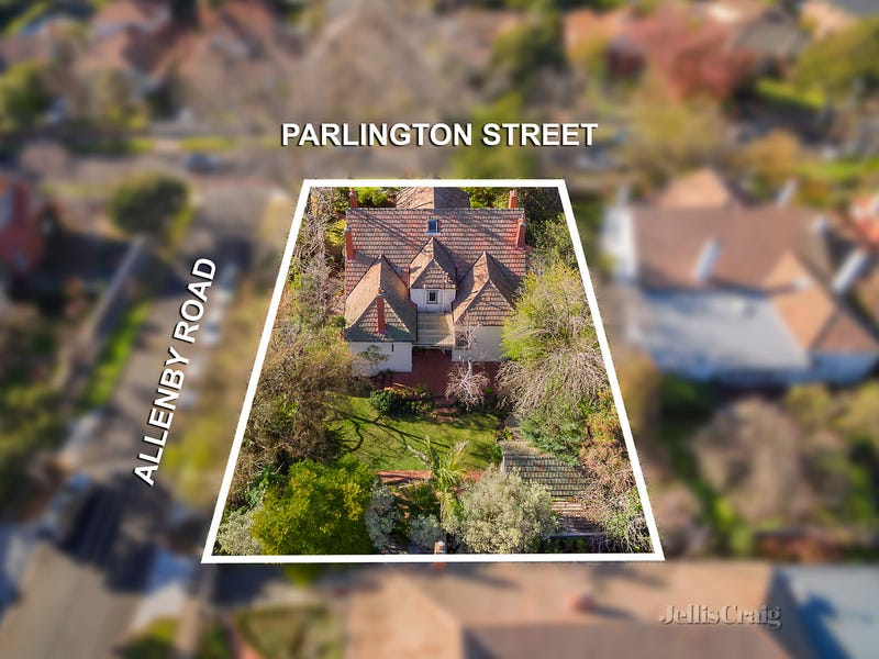 11 Parlington Street, Canterbury, Vic 3126