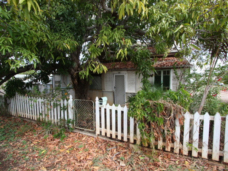 95-97 Plant Street, Richmond Hill, Qld 4820