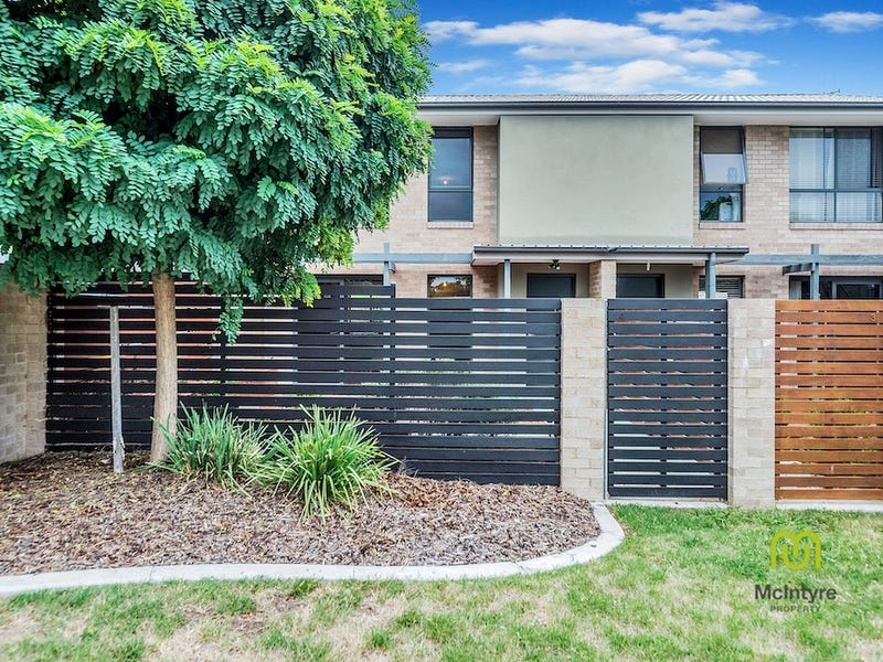 4/17 Luffman Crescent, Gilmore, ACT 2905
