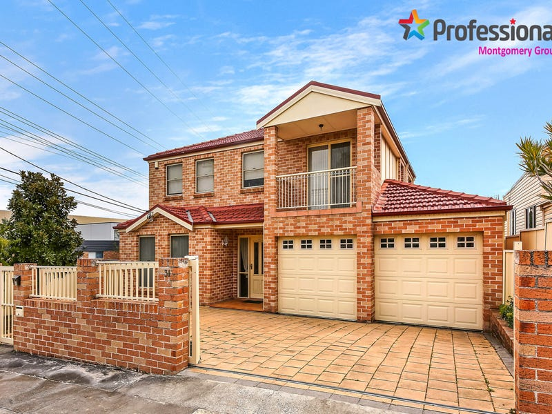 31 Planthurst Road, Carlton, NSW 2218