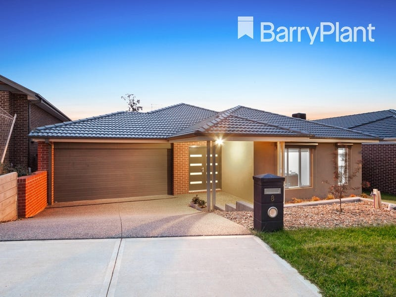 8 Mowbray Street, Officer, Vic 3809