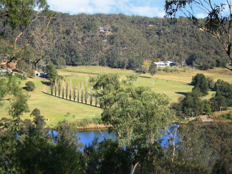 232 Laws Farm Road, Cumberland Reach, NSW 2756