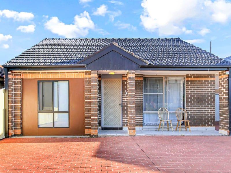13 Murrumbidgee Street, Bossley Park, NSW 2176