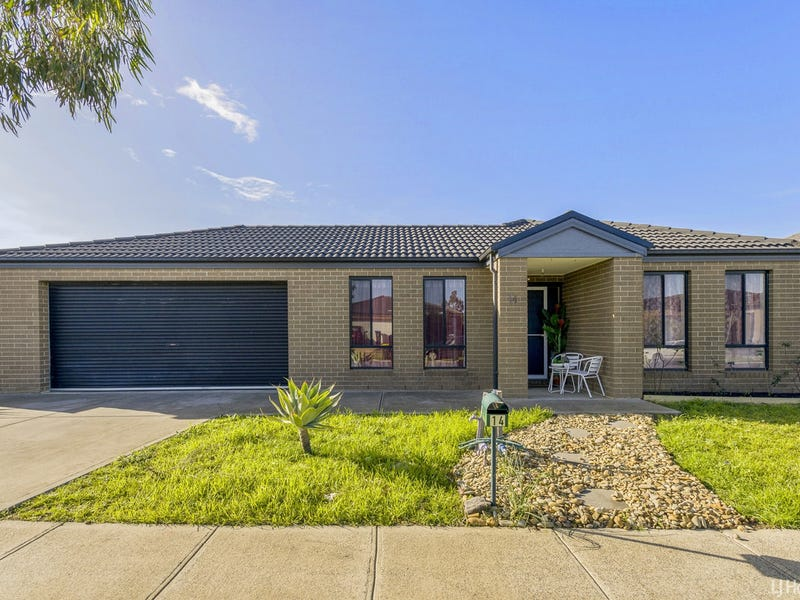 14 Brockwell Crescent, Manor Lakes, Vic 3024