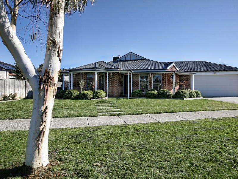 8 Village Green Drive, Kyneton, Vic 3444