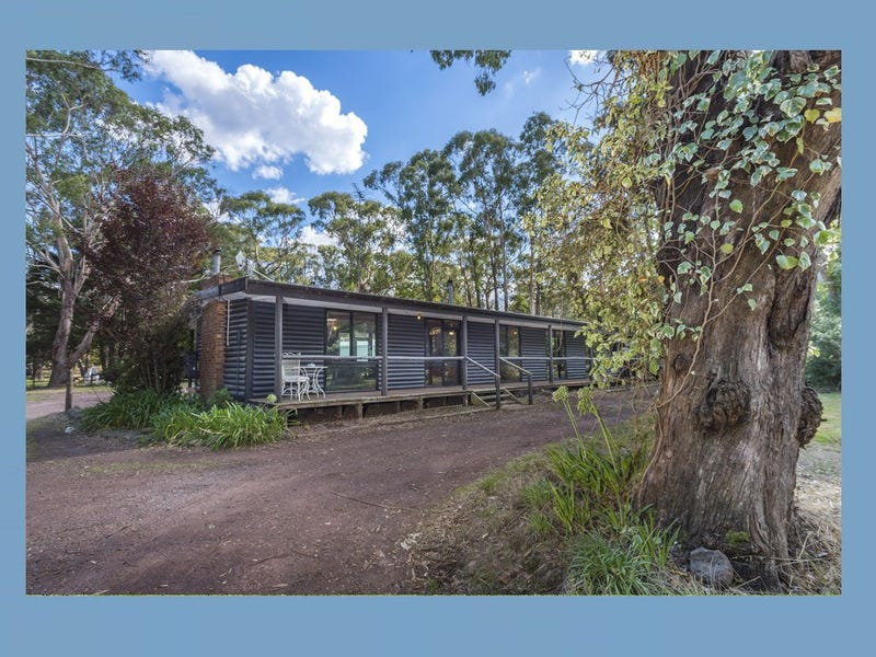27 Coffeys Road, Bullengarook, Vic 3437