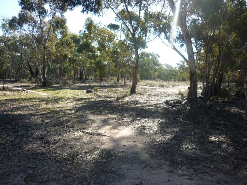 301 K. Emmersons Road, Clear Lake, Vic 3409