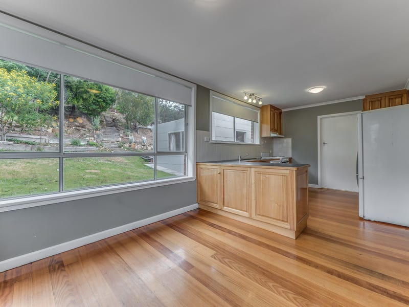 70 Brushy Creek Road, Lenah Valley, Tas 7008