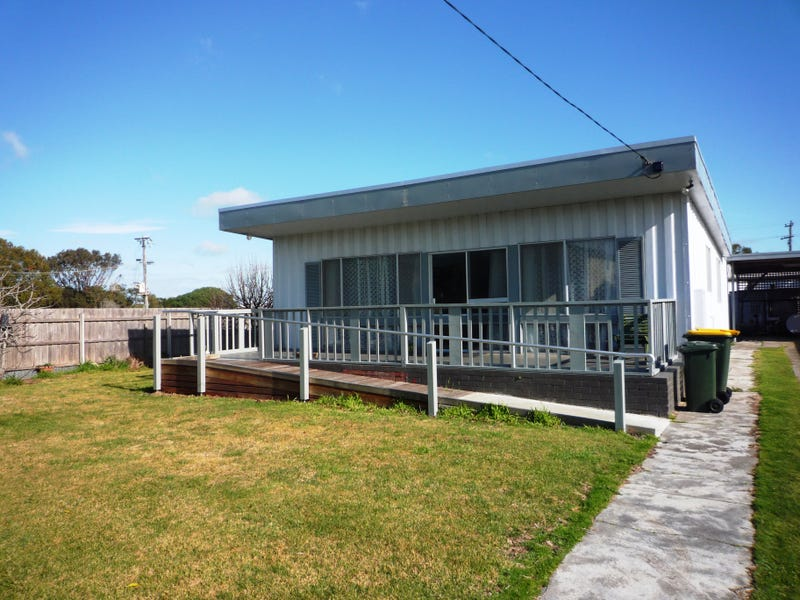 21 Seaward Street, McLoughlins Beach