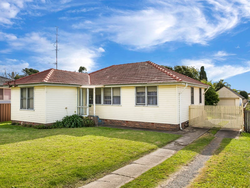 18 Anthony Street, Lake Illawarra, NSW 2528
