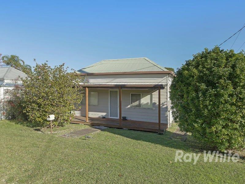 17 Brougham Avenue, Fennell Bay, NSW 2283
