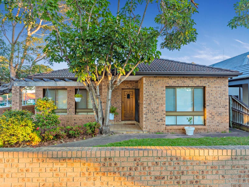 1 Rowley Road, Russell Lea, NSW 2046
