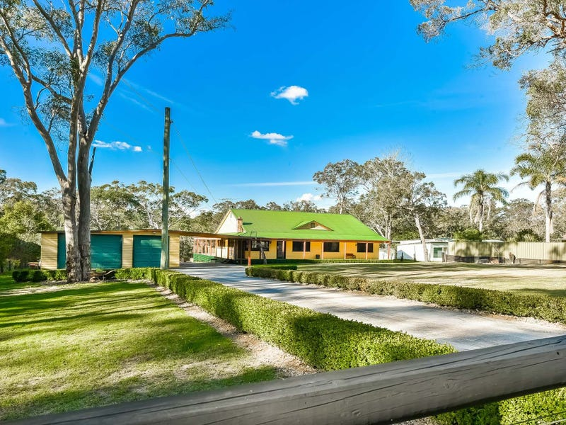 15 Mitchell Place, Douglas Park, NSW 2569