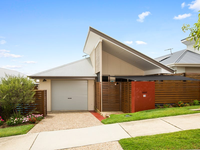 18 Hyde Ave, Springfield Lakes, Qld 4300