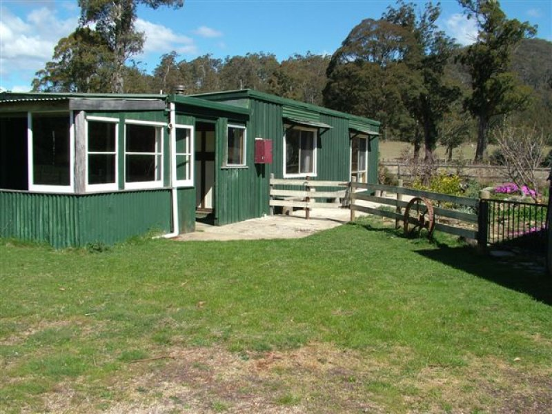 Address available on request, Upper Esk, Tas 7214