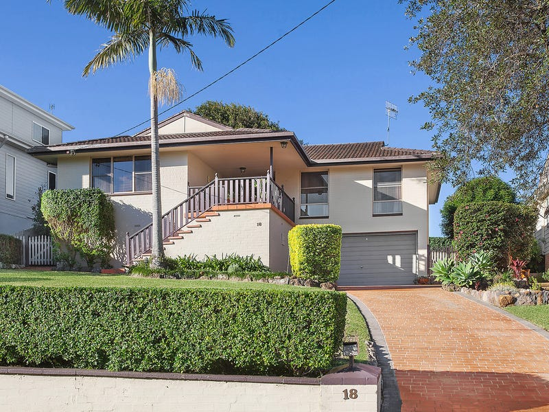 18 Plymouth Drive, Wamberal, NSW 2260