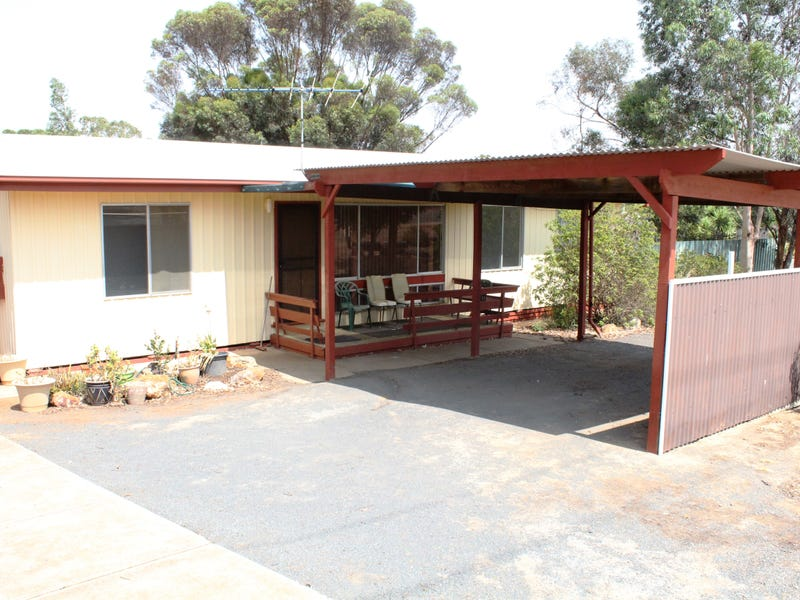 17 Malcolm St, Hamley Bridge, SA 5401