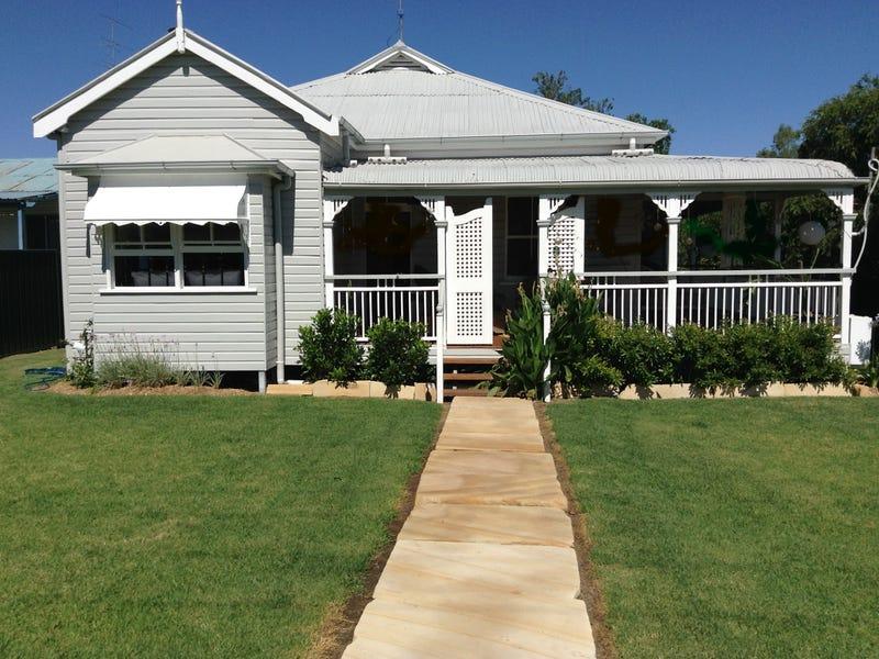 20 Flemming Street, Texas, Qld 4385