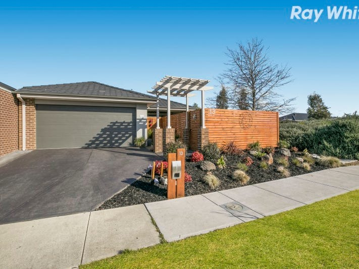 13 Olive Grove, Officer, Vic 3809
