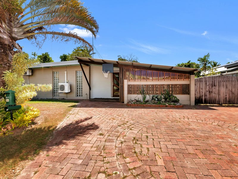 56 Johnson St, Yorkeys Knob, Qld 4878