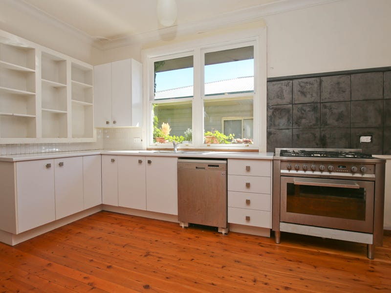 81 CECIL ROAD, Orange, NSW 2800