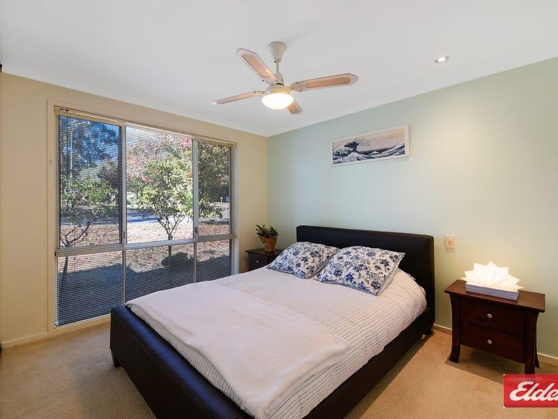 1 COWAN PLACE, St Helens Park, NSW 2560
