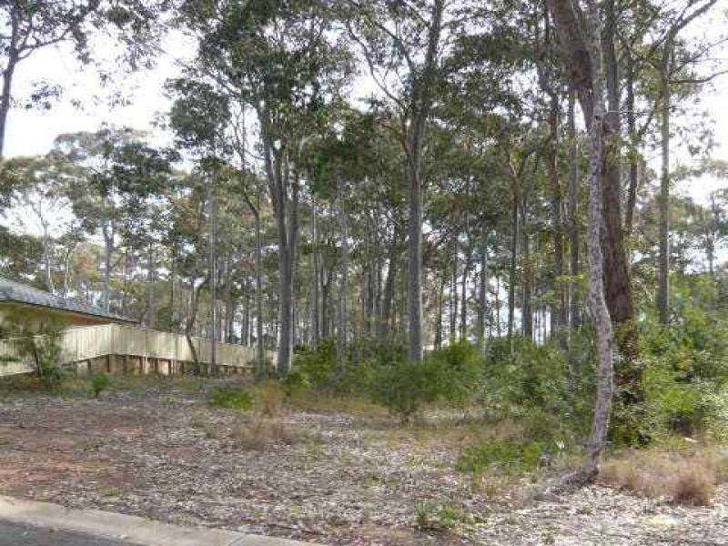 10 Poole Parade, Mystery Bay, NSW 2546