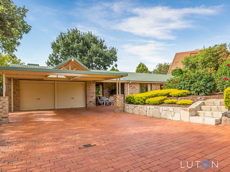 9 Bracker Place, Macarthur, ACT 2904