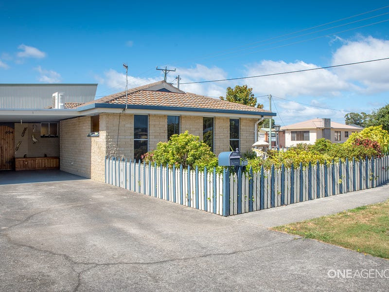 1/73 Saunders Street, Wynyard, Tas 7325