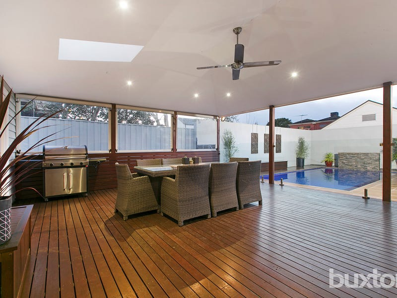 19 Sixth Street, Parkdale, Vic 3195