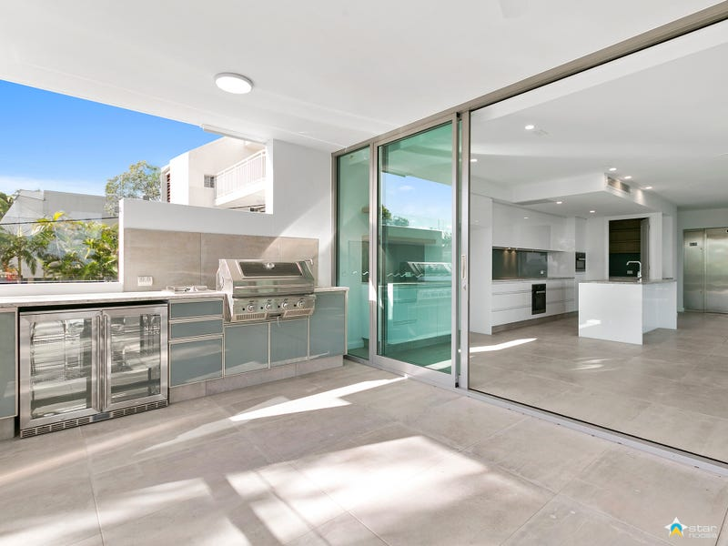 3 Viewland Drive, Noosa Heads