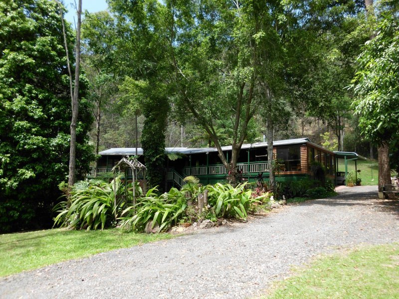 411 Connection Road, Mooloolah Valley, Qld 4553