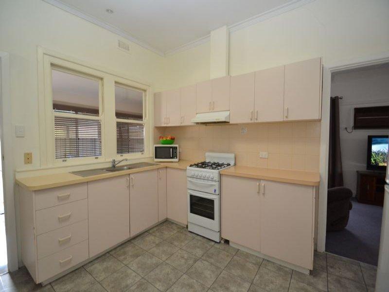 1/24 DONALD STREET, Wangaratta, Vic 3677