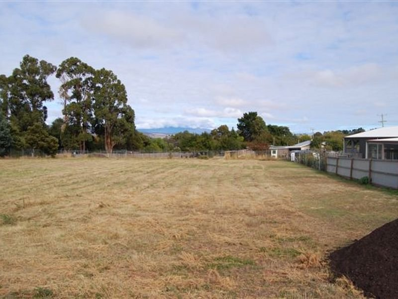 11 Grant Street, Campbell Town, Tas 7210
