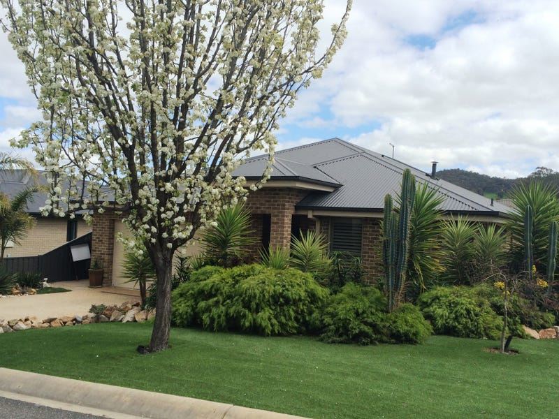 11 Toner Avenue, Myrtleford, Vic 3737