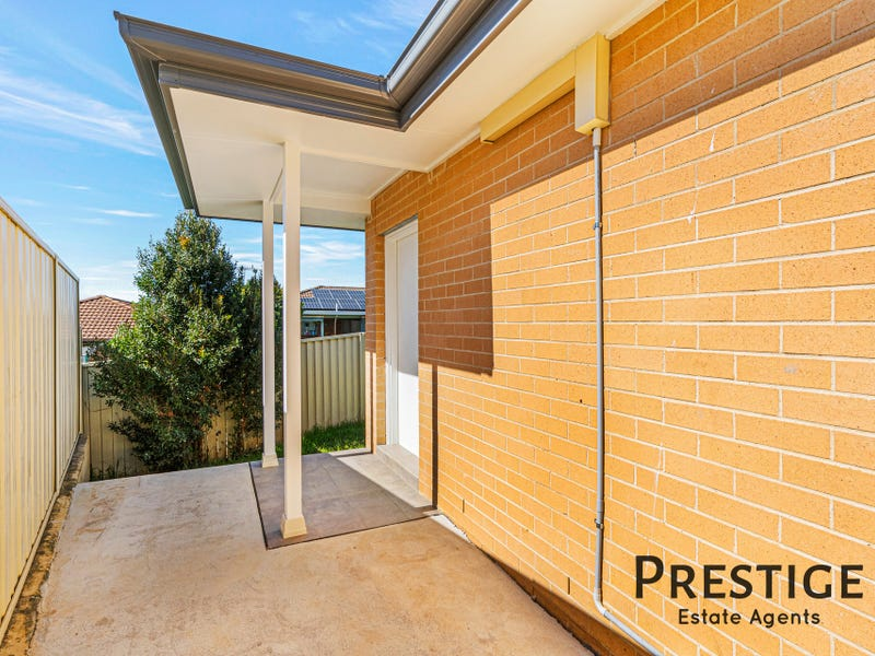 10A Tumut Place, Bossley Park, NSW 2176