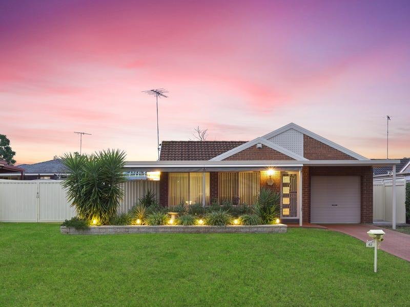 42 Larapinta Crescent, St Helens Park, NSW 2560