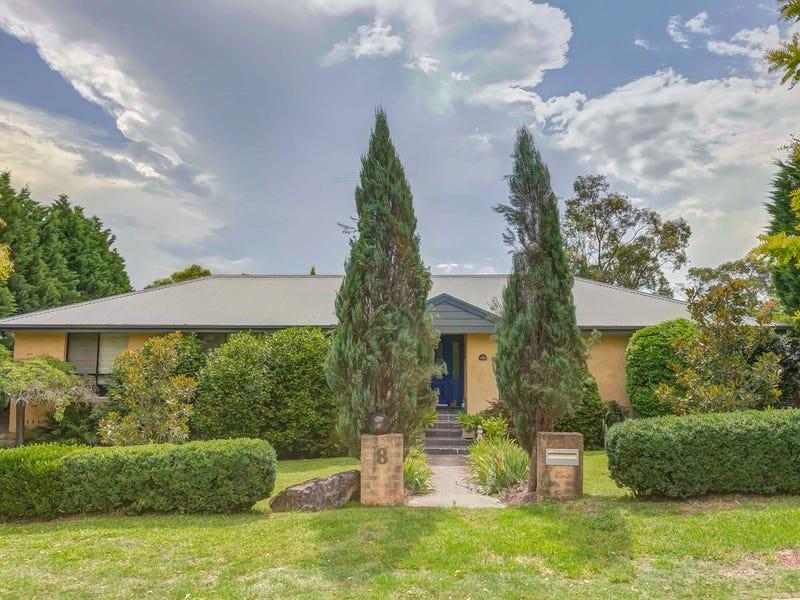 8 Uncle Wattleberry, Faulconbridge, NSW 2776