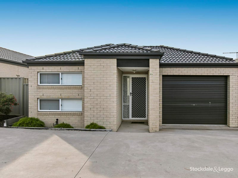 44 Renlik Circuit, Cranbourne North, Vic 3977