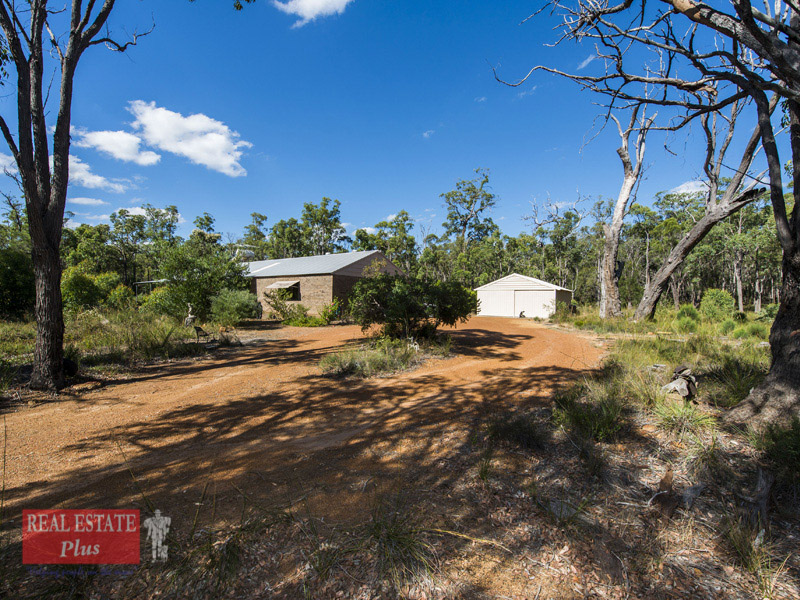 270 Cromwell Road, Sawyers Valley, WA 6074