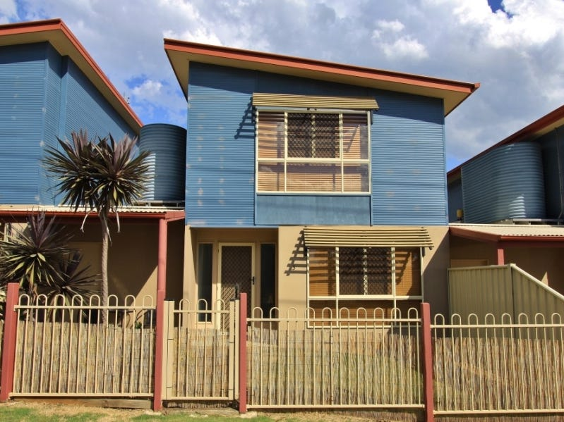3/26 Edward Street, Kingaroy, Qld 4610