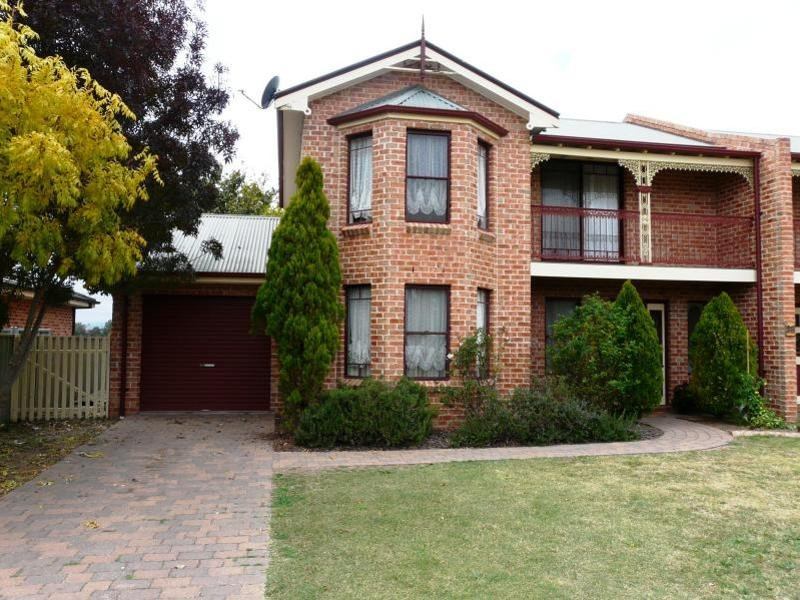 2/28 Dees Close, Bathurst, NSW 2795