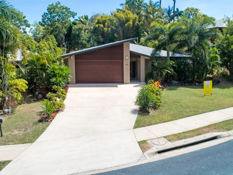 39 Eshelby Drive, Cannonvale, Qld 4802