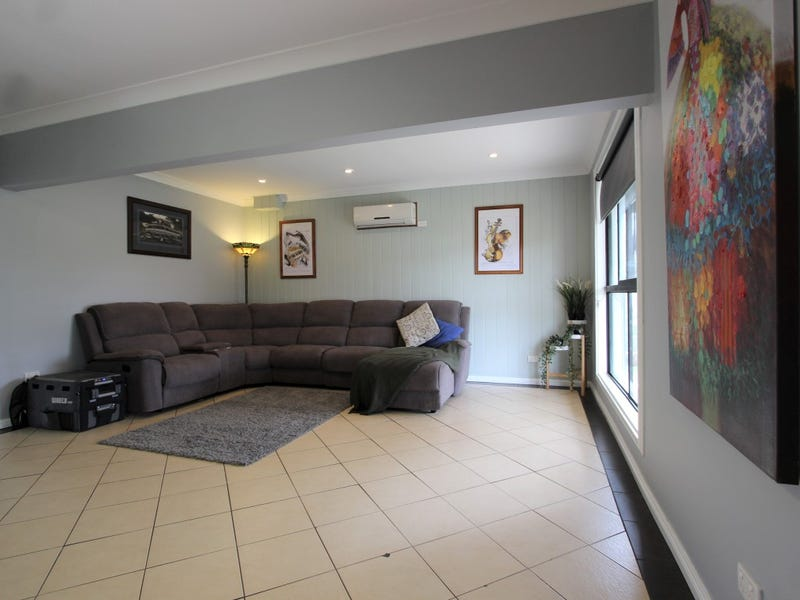 13 Junee Road, Temora, NSW 2666