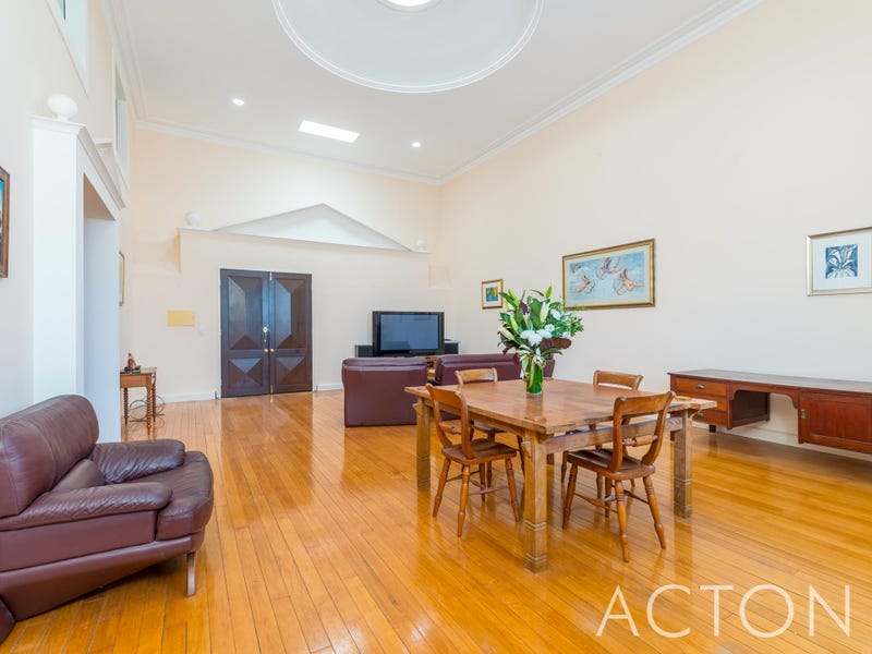 3/8 Johnston Street, Peppermint Grove, WA 6011