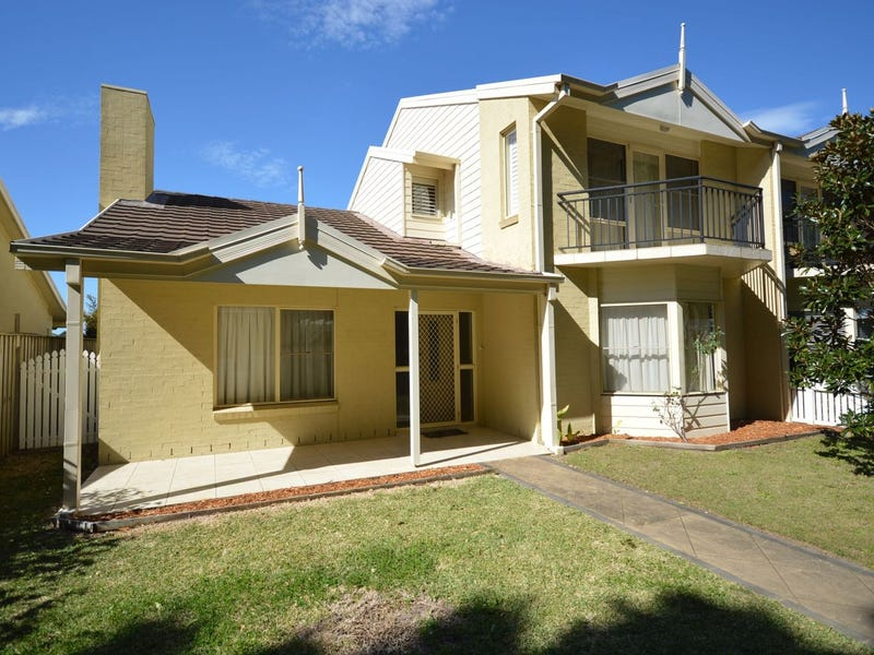8 Sampson Avenue, Harrington, NSW 2427
