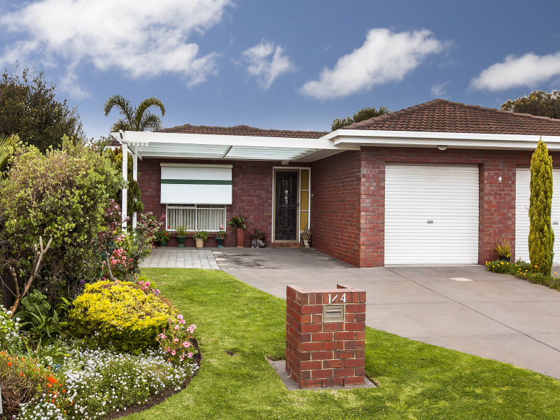 1/4 Moorea Court, West Lakes, SA 5021