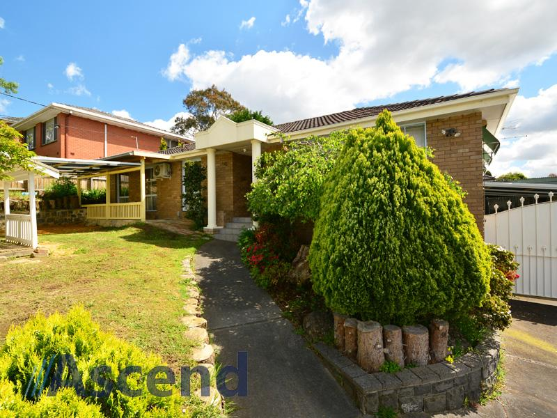 31 Woodhouse Road, Doncaster East, Vic 3109